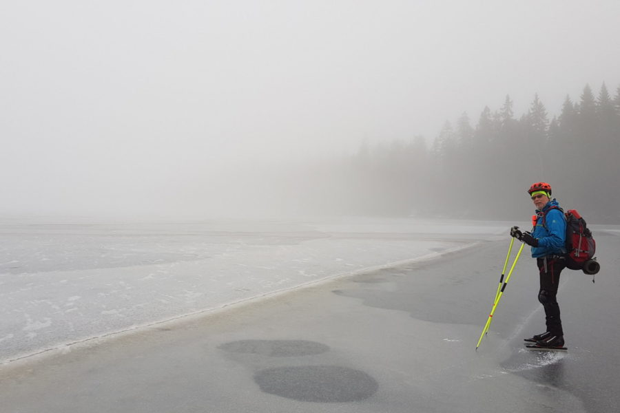 nordic skating, foggy adventure