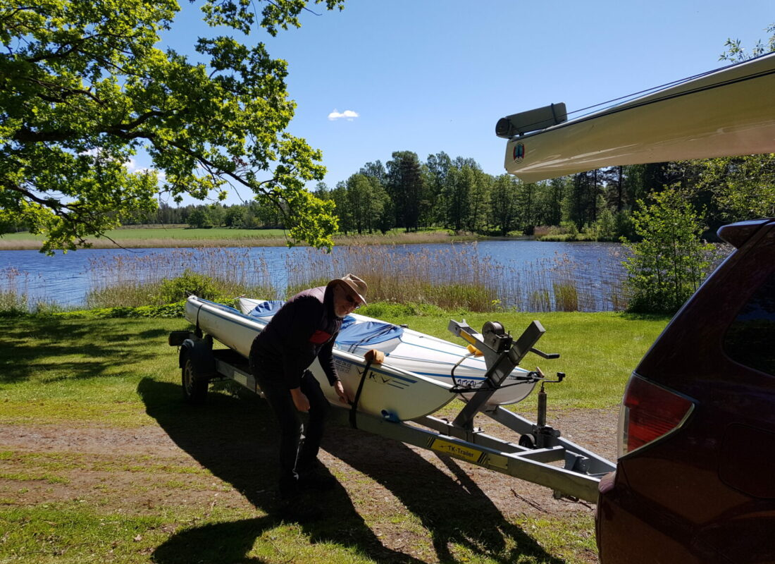 With our trailer we meet you with kayaks where you want your adventure