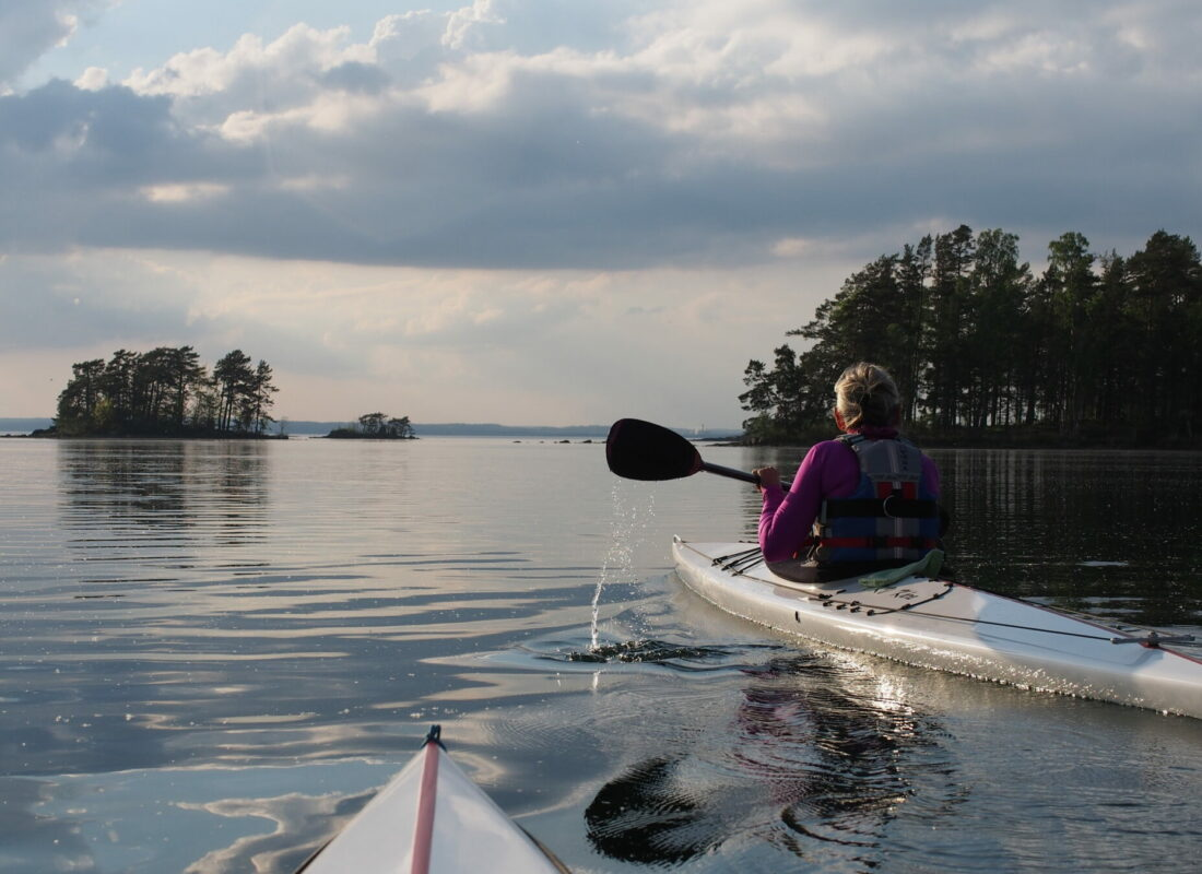 Kayaking lake Vättern